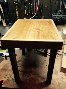 Table ready for saw blades and exopy